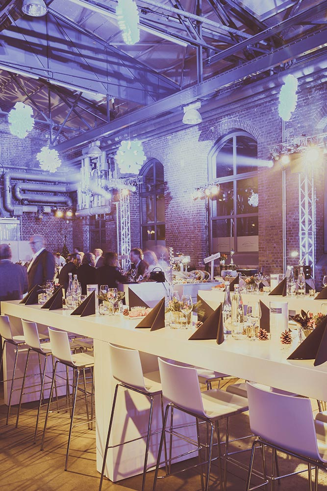 Feier im Raum Düsseldorf – Classic Hall – Eventlocation Sammlerstücke Moers
