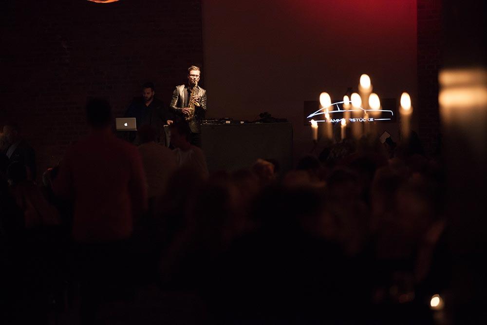 Musiker bei Party – Sammlerstücke Eventlocation Moers