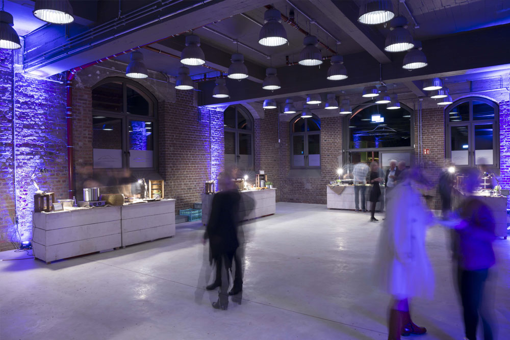 Firmenfeier im Workshop – Sammlerstücke Moers – Eventlocation Raum Düsseldorf