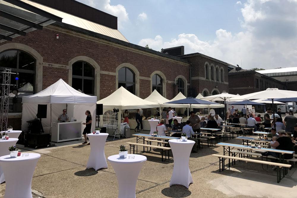 Paddock – Veranstaltung im Freien in Moers – Sammlerstücke Eventlocation Raum Düsseldorf